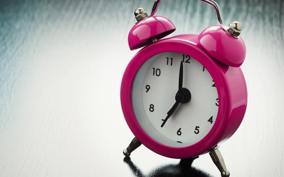 Web-Alarm bei h2l: Ein rosa Wecker